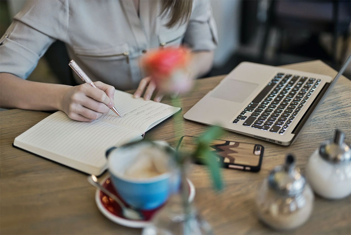 Tips To Become A Better Professional Writer